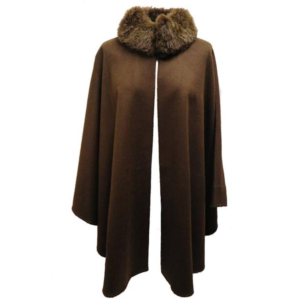 Alpaca cape brown