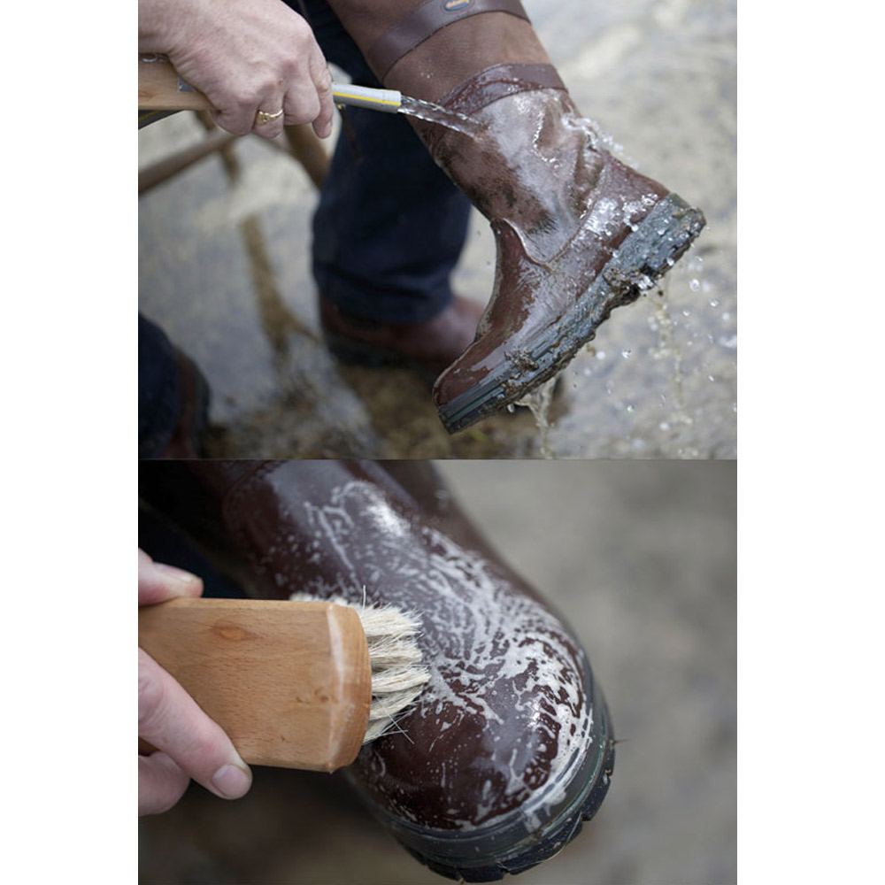 Footwear cleaner