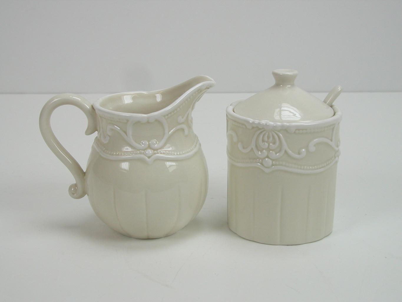 Milk jug & Sugar bowl